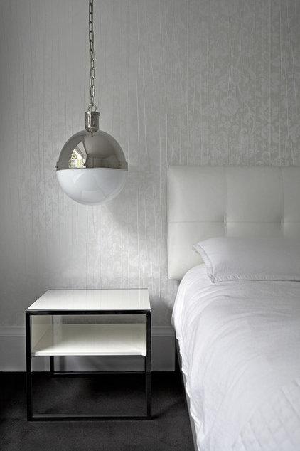 Modern Bedroom by Jeremy Kohm Photography