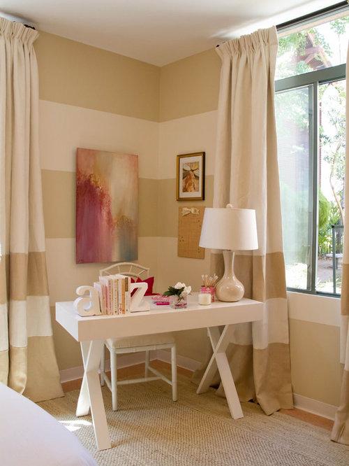Bedroom Traditional Idea In Los Angeles With Multicolored Walls