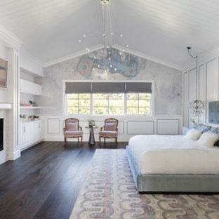 Inspiration for a transitional bedroom remodel in Los Angeles