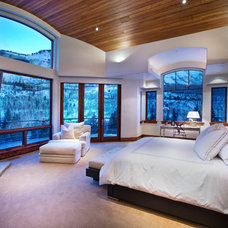 Traditional Bedroom by Charles Cunniffe Architects Aspen