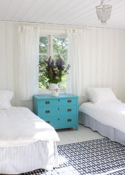 Rustic Bedroom by Jill Sorensen