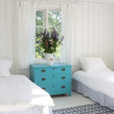 rustic bedroom by Jill Sorensen