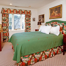 Traditional Bedroom by MQ Architecture & Design, LLC