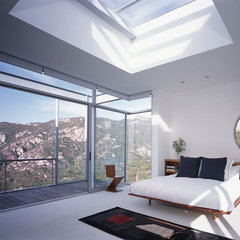 modern bedroom by Kanner Architects - CLOSED
