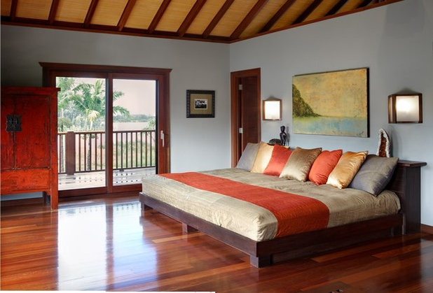 Tropical Bedroom by Tropical Architecture Group, Inc