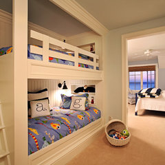 contemporary bedroom by Visbeen Associates, Inc.