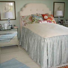 traditional bedroom by kelley hall