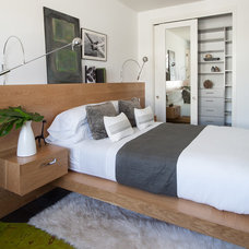 Contemporary Bedroom by JJ Interiors