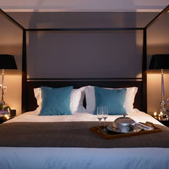 contemporary bedroom by David Churchill - Architectural  Photographer