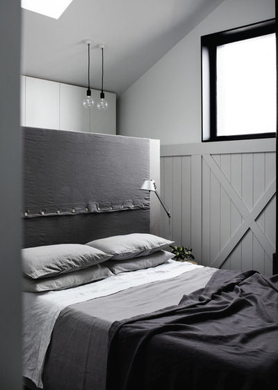 Contemporary Bedroom by Whiting Architects