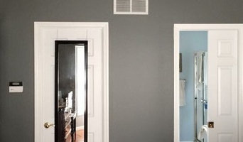 Kevin and Debbie's two-toned bedroom