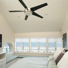 Beach Style Bedroom by GraysonHarris Interiors + Design, LLC