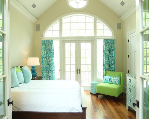 Sea foam green bedding design ideas remodel pictures houzz for Sea green bedroom designs