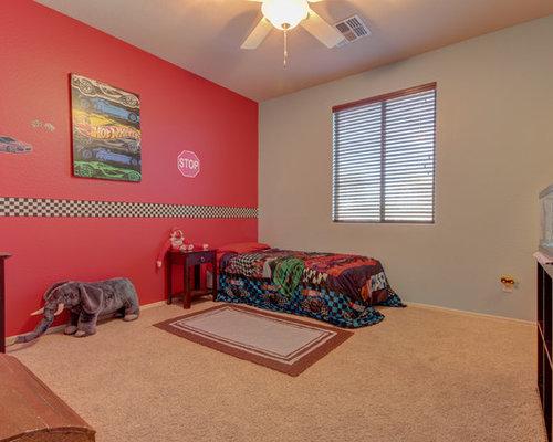 Chambre romantique avec un mur rouge photos et id es d co de chambres for Chambre romantique rouge