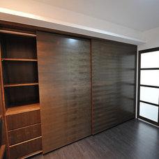 Modern Bedroom by POCA DESIGN