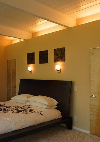 Sconces Above Bed Home Design Ideas Pictures Remodel And