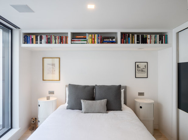 Contemporary Bedroom by Norton Ellis Architects