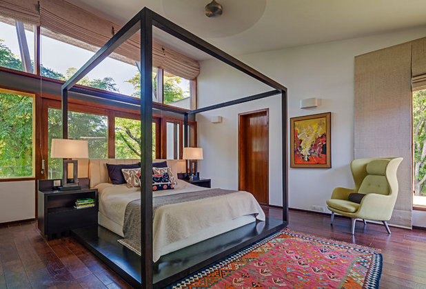 Contemporary Bedroom by Khosla Associates