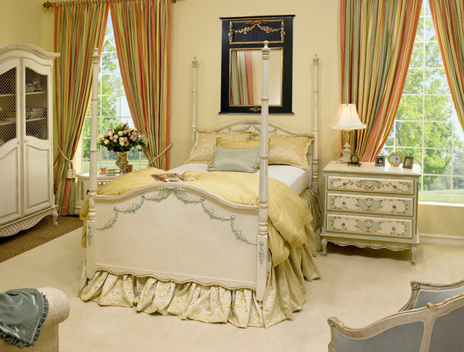 Traditional Bedroom by AFK Furniture