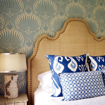 Traditional Bedroom by Kate Thornley-Hall