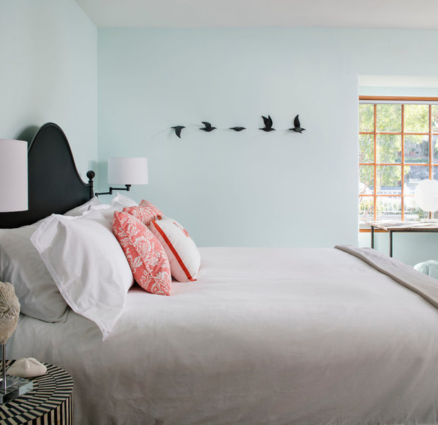 Beach Style Bedroom by CM Natural Designs