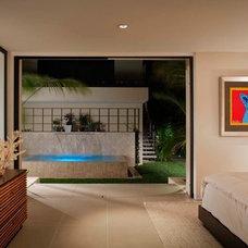 Contemporary Bedroom by Streamline Development