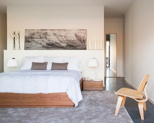 Chambre adulte contemporaine avec un sol en ardoise - Alfombras para dormitorios ...