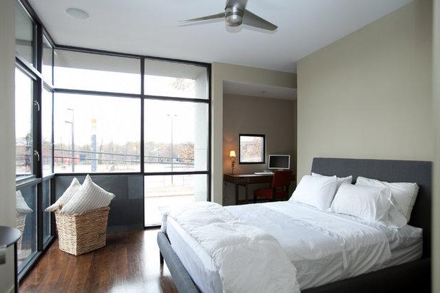 Modern Bedroom by Cablik Enterprises