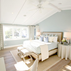 Beach Style Bedroom by Nagwa Seif Interior Design