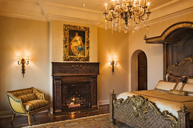 Mediterranean Bedroom by Sendero Homes