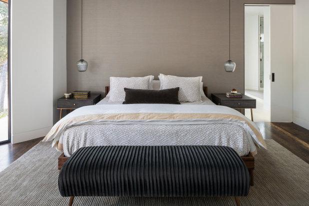 Modern Schlafzimmer by Studio Neshama