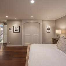 Traditional Bedroom by Brown & Brown Design and Contracting Ltd.