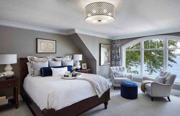 Bedroom by Hendel Homes