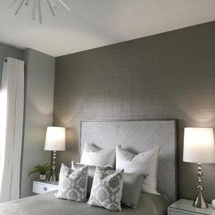 Idee per una camera matrimoniale moderna di medie dimensioni con pareti grigie