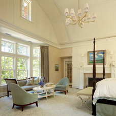 Traditional Bedroom by Granoff Architects