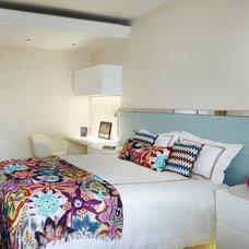 Contemporary Bedroom by Anna Casa