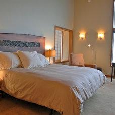 Contemporary Bedroom by Satterberg Desonier Dumo Interior Design, Inc.