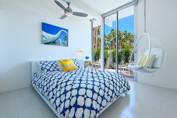 Coastal Bedroom by H3K Design