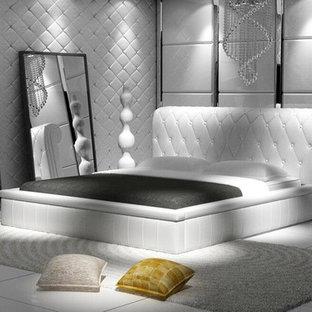 Идея дизайна: хозяйская спальня среднего размера в стиле модернизм с белыми стенами, полом из керамогранита и бирюзовым полом без камина