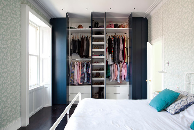 Contemporary Bedroom by ODKM Architects