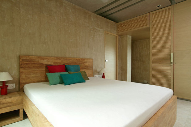 Contemporary Bedroom by KNS Architects