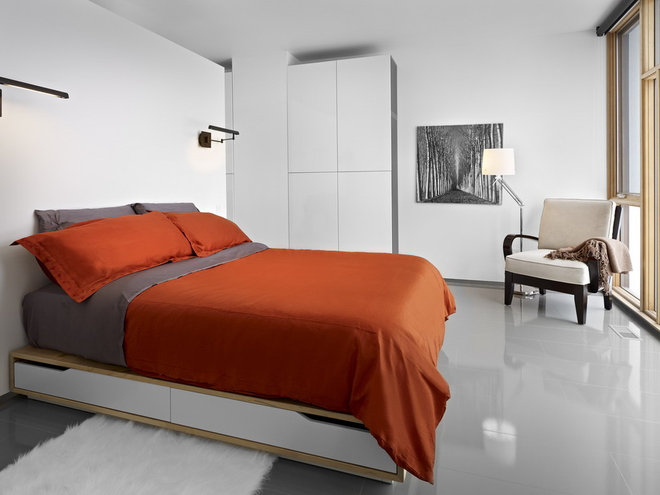 Modern Bedroom by thirdstone inc. [^]