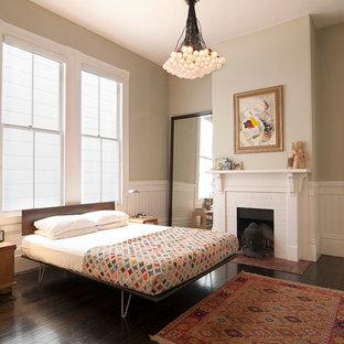 Ispirazione per una camera da letto vittoriana con pareti grigie