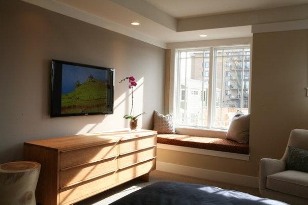 Traditional Bedroom by Sarah Susanka, FAIA