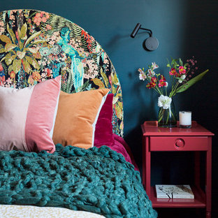 Inspiration for a midcentury bedroom in Sydney.