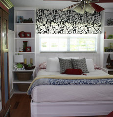 traditional bedroom by Linda Fisher