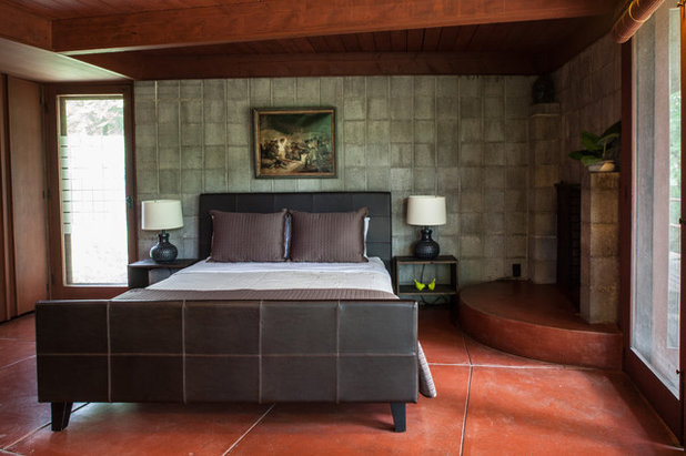 Midcentury Bedroom by Jason Snyder