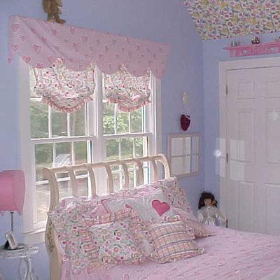 Bedroom - traditional bedroom idea in Atlanta with pink walls
