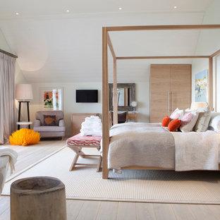 Inspiration for a scandinavian bedroom in Devon.