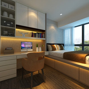 This is an example of a modern bedroom in Singapore.
